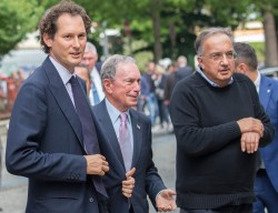 John Elkann (left), Michael Bloomberg and Sergio Marchionne in 2017.